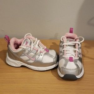 Details about Nike Air Jordan 1st Crib (CB) Baby Girl Shoes Size 2C White with Pink Trim Soft